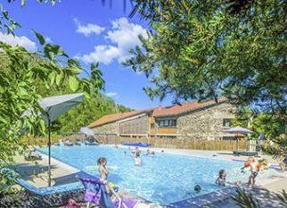 location insolite avec piscine
