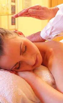 campsite wellness massage auvergne