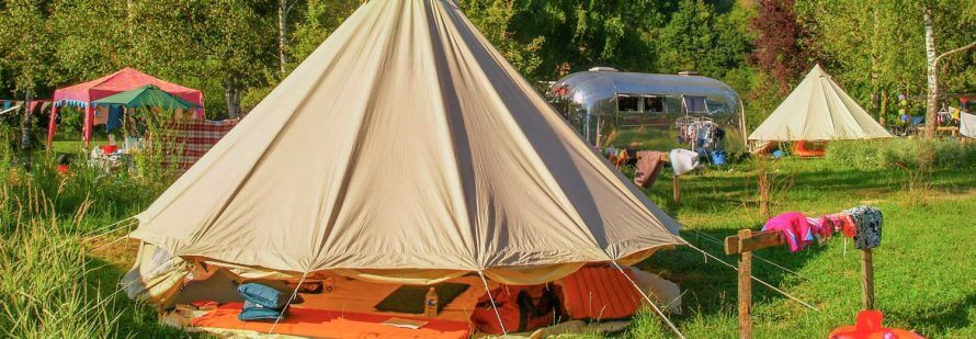 location emplacement camping car auvergne
