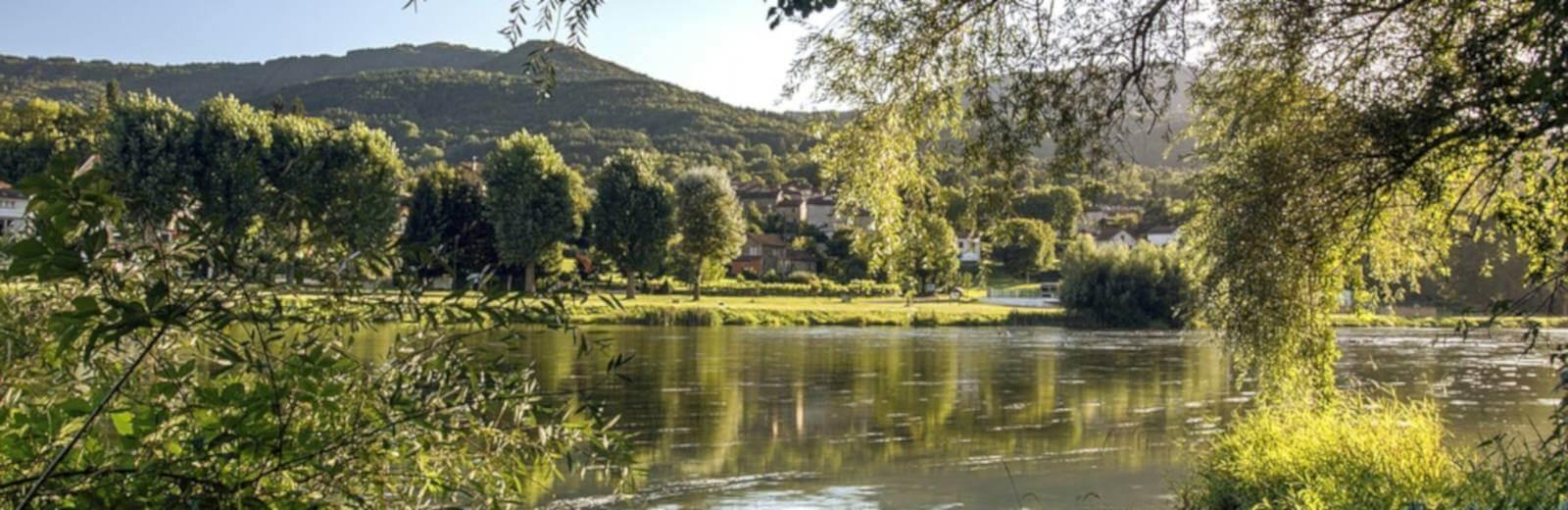 camping bord-de-riviere