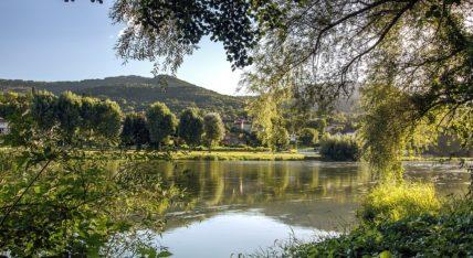 tourisme bord de rivière auvergne
